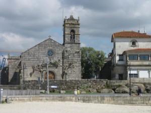 10 Bouzas iglesia