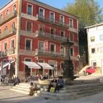 17 Paseo Alfonso plaza